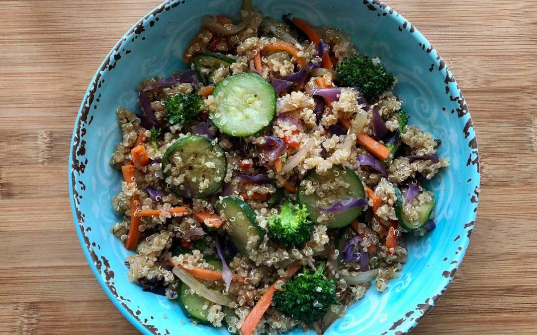 Bowl de quinoa con vegetales