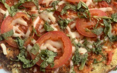 Pizza margarita de coliflor